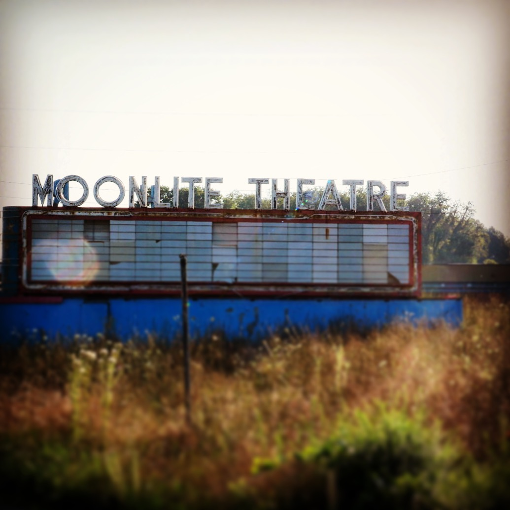 Moonlitetheater